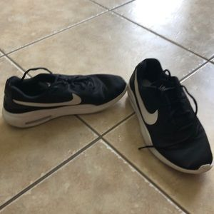 Great used condition Nike shoes
